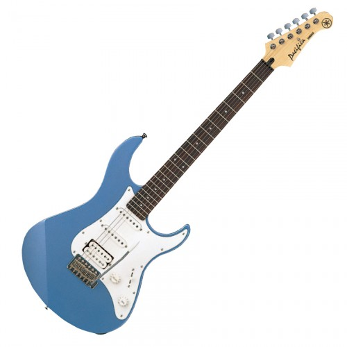 YAMAHA PACIFICA 112 LAKE PLACID BLUE
